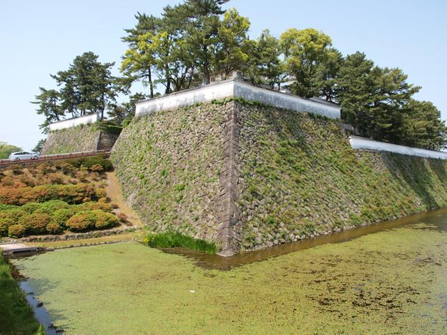 本丸南西の石垣