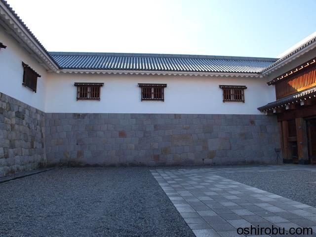 東御門の桝形