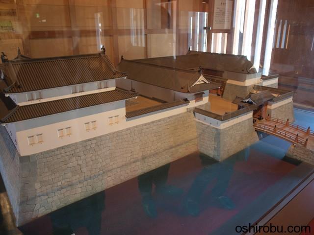 東御門の模型