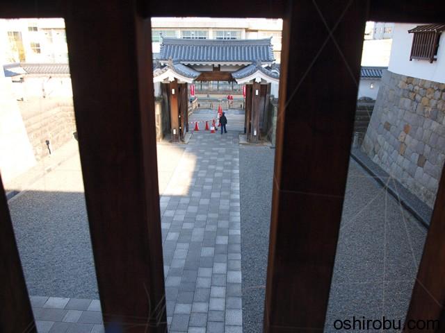 東御門内部から桝形