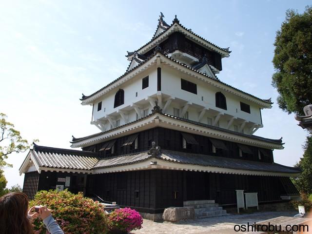 岩国城の復元天守閣