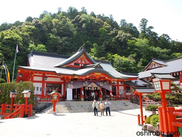 太皷谷稲成神社 本殿