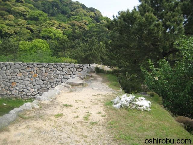 本丸石垣の上