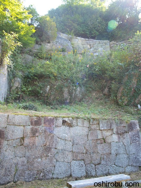二の丸からの石垣