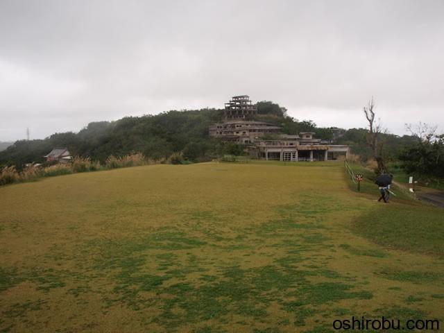 お城の南側