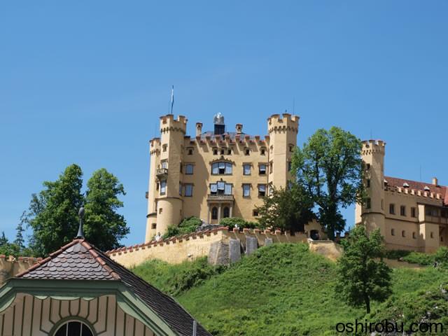 ホーエンシュバンガウ城